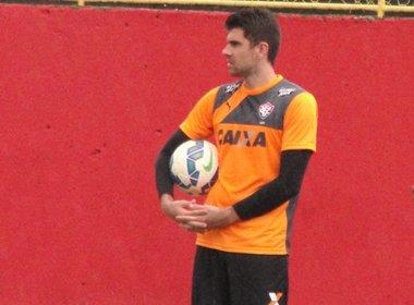 Fernando Miguel minimiza baixas no elenco do Vitória
