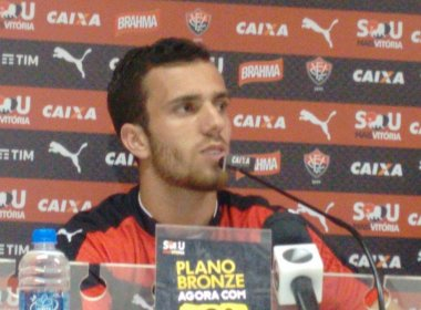 Serginho crê em evolução do Vitória: 'O time vai melhorar'