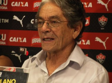 Presidente do Vitória confirma saída de Dagoberto: 'Circunstâncias da vida'