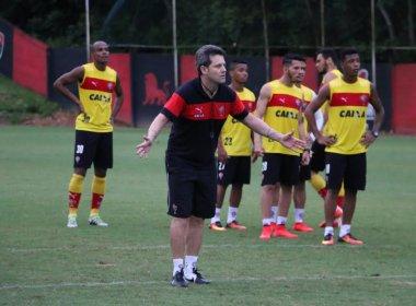 Com foco na bola parada, Vitória finaliza preparação para pegar o Cruzeiro