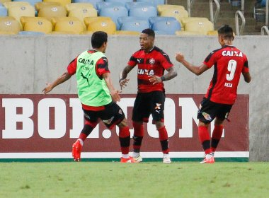De forma reservada, Marinho faz crítica a arbitragem do jogo contra o Fluminense