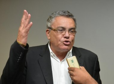 Ao final do debate, Paulo Carneiro decreta: 'Nós vamos ganhar a eleição'