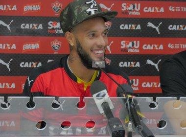 Apresentado no Vitória, Paulinho decreta foco: 'Não vim de férias'