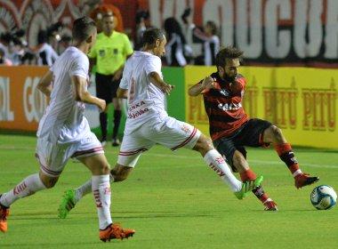 Vitória bate Sergipe e estreia com triunfo na Copa do Nordeste