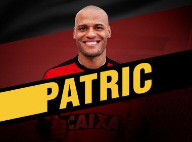 Vitória oficializa contratação por empréstimo do lateral Patric