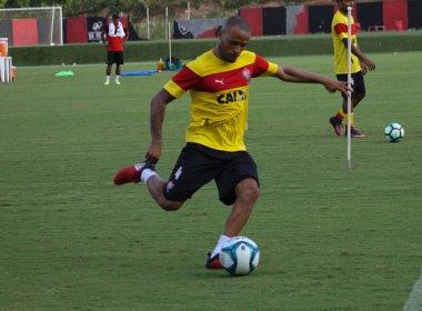 Vitória treina bola parada e divulga relacionados para enfrentar o Bahia de Feira