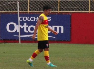 Cárdenas é relacionado para duelo contra o Bragantino