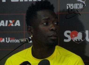 Kanu recebe terceiro amarelo e desfalca o Vitória no primeiro jogo das quartas de final