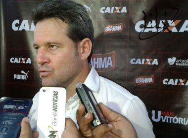 Técnico do Vitória critica emissora de TV: 'Só pensa na audiência'