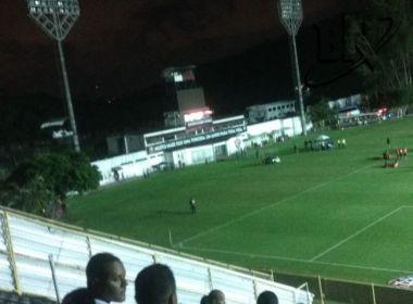 Apagão em Canabrava ocasionou falta de luz no Barradão; jogo segue parado