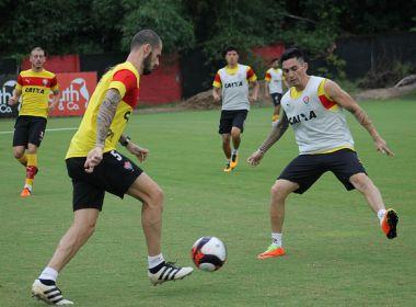 Vitória relaciona 20 jogadores para o duelo contra o Vitória da Conquista; Diego Pombo apita