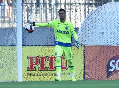 De Chapa: Goleiro do Bahia treina para cobrar faltas no futuro