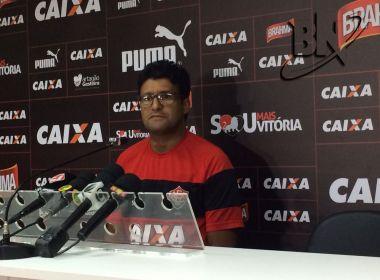 Wesley Carvalho pede postura diferente ao Vitória no clássico desta quarta