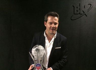 Argel celebra prêmio: 'É uma satisfação muito grande a homenagem'