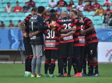 Em busca do primeiro triunfo, Vitória encara o Coritiba na Arena Fonte Nova
