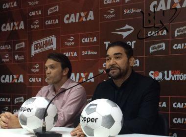 Presidente do Vitória oficializa saída de Sinval Vieira: 'Um grande profissional'