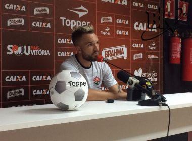 Willian Farias diz que crise política no Vitória interfere na equipe