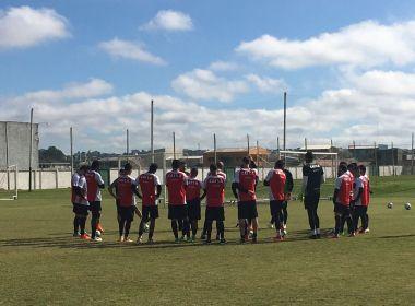 Vitória realiza último treino em Curitiba antes de enfrentar o Atlético-PR