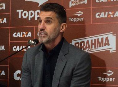 Mancini é apresentado no Vitória e afirma: 'O momento é de reconstrução'