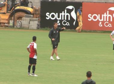 Após ser apresentado, Mancini comanda treino e faz mudanças no time