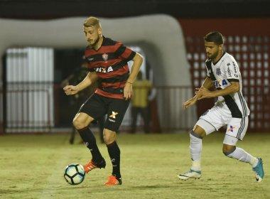 Uillian Correia recebe o terceiro amarelo e não encara o Flamengo