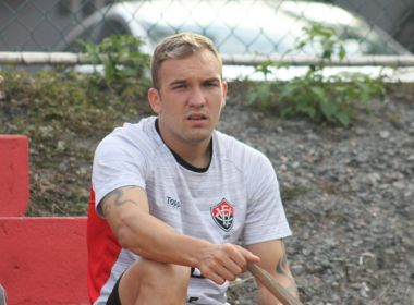 Willian Farias lamenta lesão e afirma: 'Será mais uma batalha que vencerei'