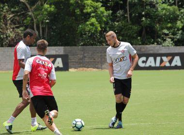 Vitória relaciona 23 jogadores para encarar o Cruzeiro