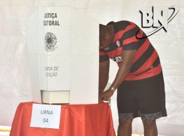 Com urnas abertas, eleitores começam a votar na eleição do Vitória