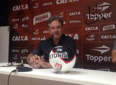 Diretor de futebol do Vitória fala de renovações e novos reforços