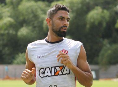 Santos envia proposta ao Vitória para contratar Tréllez, diz site