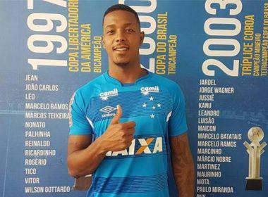 Presidente do Vitória faz ultimato ao Cruzeiro por pagamento de David