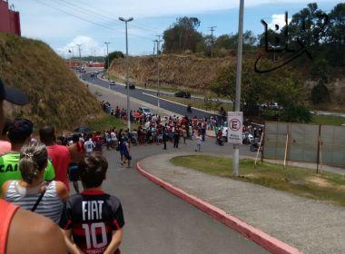 Ba-Vi: Torcida do Vitória forma grande fila para comprar ingressos no Barradão