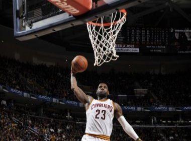 Cavaliers vence Kings com 1º 'triple-double' de LeBron na temporada