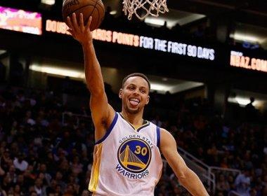 Warriors vence a 11ª seguida com mais um show de Stephen Curry