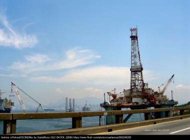 Opep volta a discutir congelamento da produção de petróleo em junho