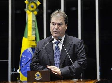 PF indicia Gim Argello por corrupção passiva