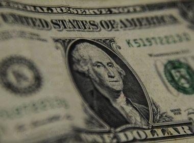 Dólar tem alta firme com gravação de Jucá sobre Lava Jato e exterior negativo
