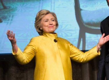 Em convenção, Hillary cita 'forças poderosas' que querem dividir os EUA