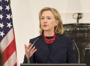 Hillary Clinton diz que Donald Trump incita segregação na sociedade