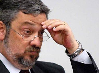 BC bloqueia R$ 30,8 milhões em contas pessoais e da empresa de Palocci