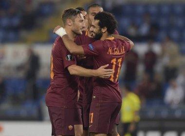 Roma goleia time romeno e lidera grupo na Liga Europa; Zenit faz 5 em holandeses