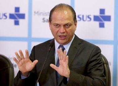 Barros promete resolver inadimplência do governo em financiamento do SUS