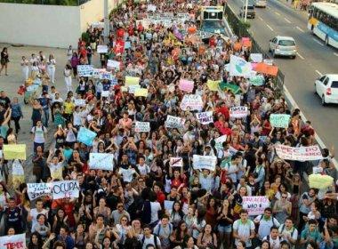 Ocupação chega a mais de mil universidades e escolas em protesto contra MP 746 e PEC 241