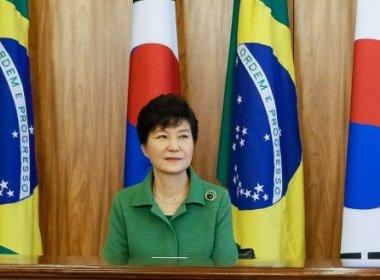Presidente da Coreia do Sul assume culpa por escândalo e crise no país