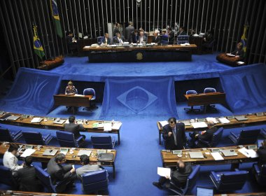 Senado aprova MP que repassa custos administrativos do Fies a faculdades