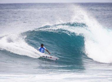 Medina e Mineirinho caem na terceira fase do surfe no Havaí; Filipinho avança