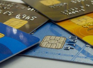 Temer envia MP que permite preço distinto para pagamento com cartão de crédito