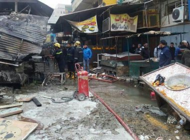 Pelo menos 28 pessoas morrem após duas bombas explodirem em mercado de Bagdá