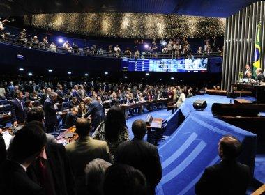 PMDB negocia 'superbancada' no Senado com entrada de parlamentares do PTB e DEM