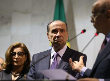 'Governo não vai acabar após lista do Janot', diz Aloysio Nunes